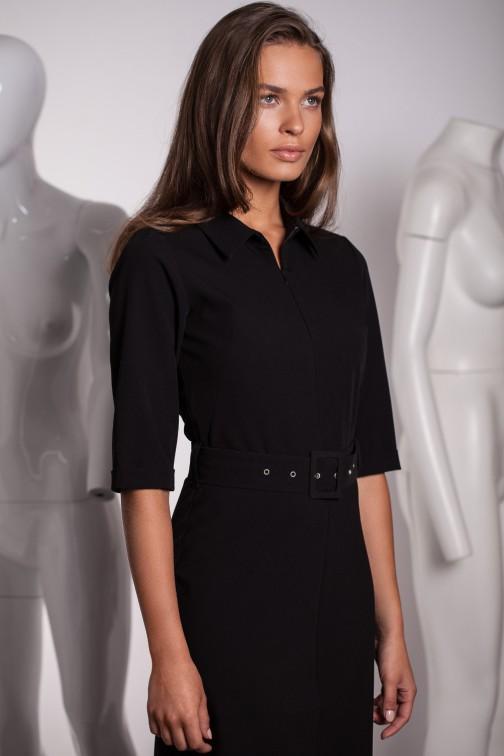 CM5575 Sukienka z paskiem i klamrą - czarna