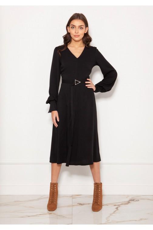 CM5619 Sukienka z dekoltem V i efektownymi rękawami - czarna