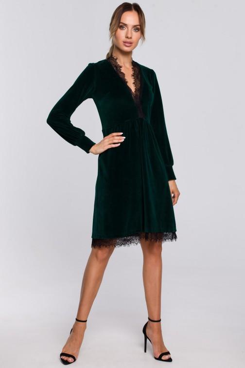 CM5671 Sukienka z weluru z głębokim dekoltem i koronką - zielona