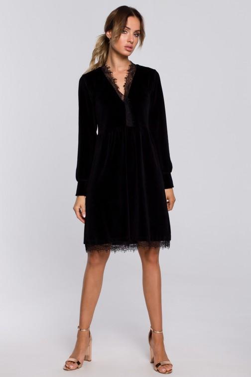 CM5671 Sukienka z weluru z głębokim dekoltem i koronką - czarna