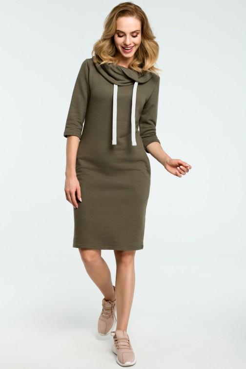 CM3805 Prosta sukienka dresowa z kołnierzem - khaki