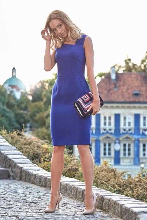 CM3811 Elegancka sukienka ołówkowa z rozcięciem - chabrowa