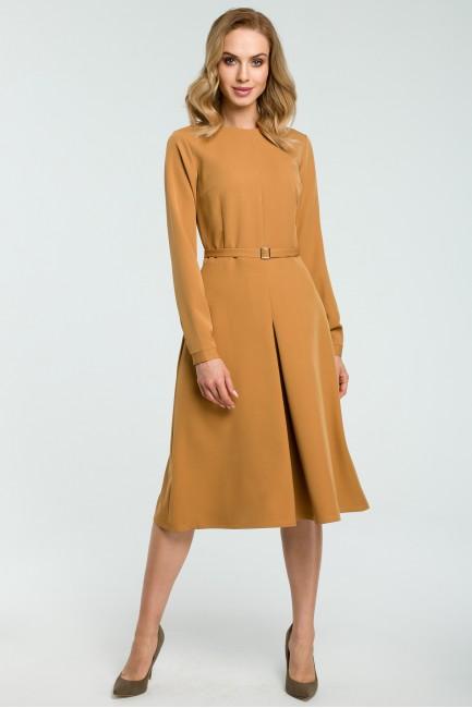 CM3812 Trapezowa sukienka z...
