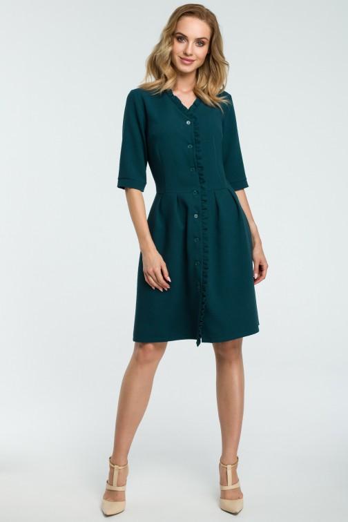 CM3813 Sukienka zapinana na guziki z falbanką - zielona