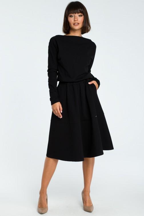 CM3816 Rozkloszowana sukienka z długim rękawem - czarna