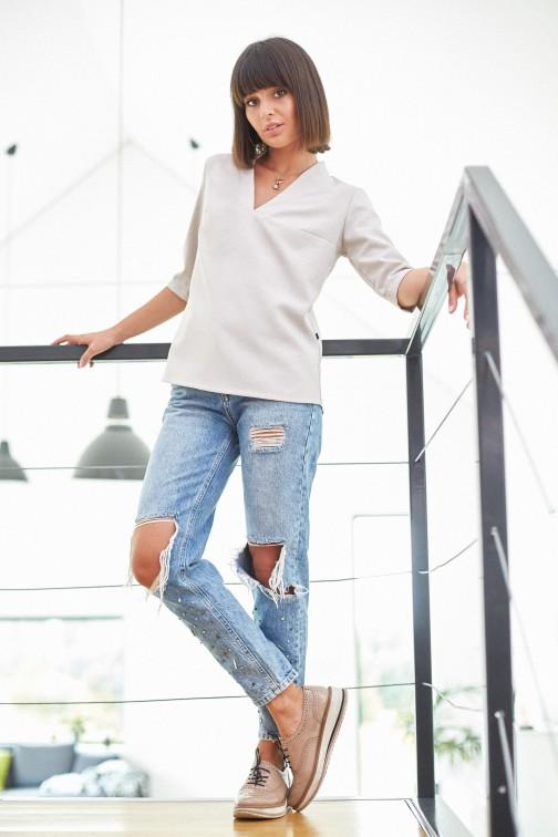 CM3819 Kobieca bluzka koszulowa - beżowa