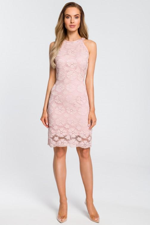 CM4112 Dopasowana sukienka koronkowa - różowa OUTLET