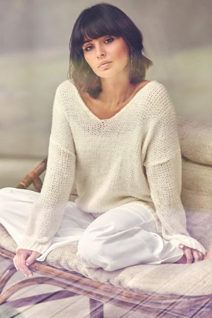 CM3825 Wygodny sweter z...