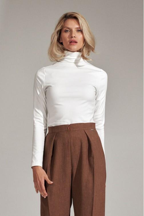 CM5797 Klasyczna bluzka z golfem - ecru