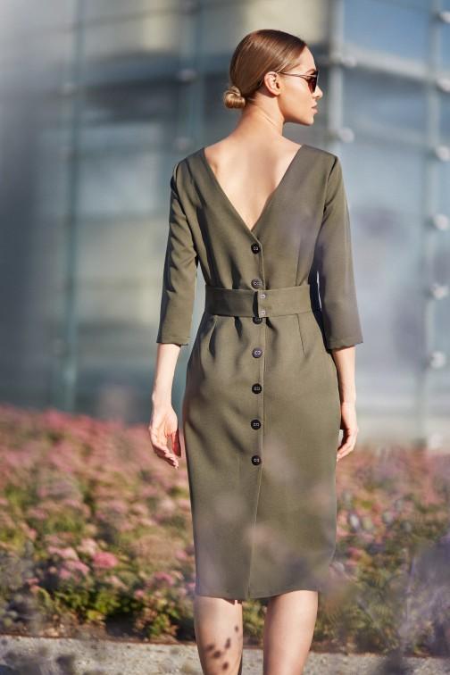 CM3837 Gładka sukienka ołówkowa z paskiem - khaki
