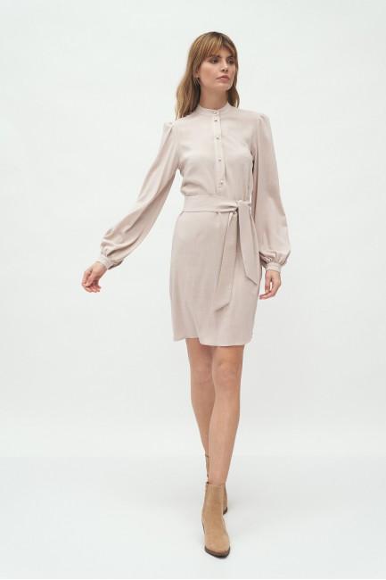 CM5818 Dopasowana sukienka...