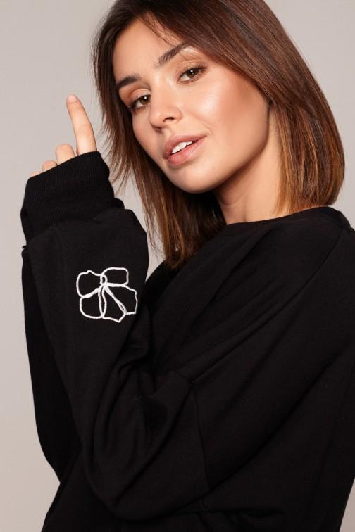 CM5845 Bluza z dekoltem na plecach - czarna