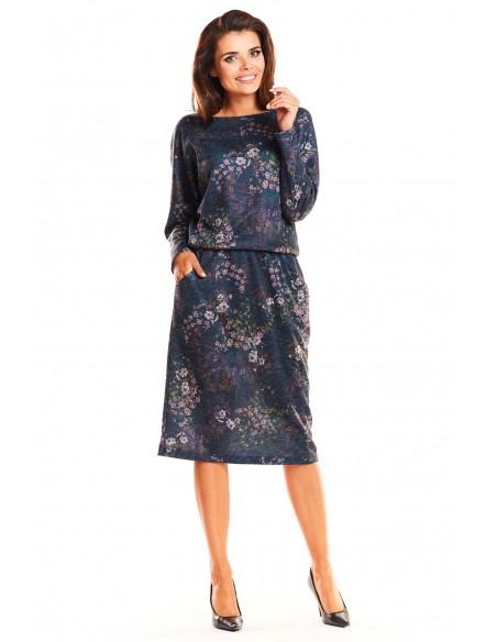 Odcinana sukienka midi z długim rękawem - granatowa