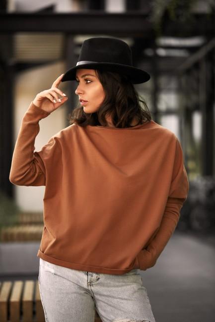 Bluza z dekoltem z tyłu - kamelowa