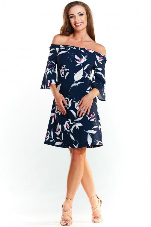 Luźna zwiewna sukienka z szerokimi rękawami - granatowa