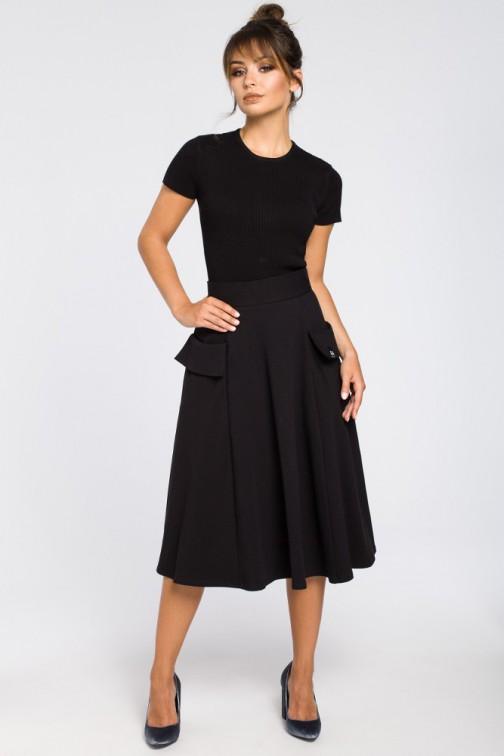 CM3184 Rozkloszowana spódnica midi z kieszeniami - czarna