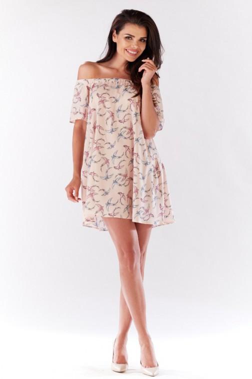 CM3204 Komfortowa sukienka z odsłoniętymi ramionami - różowa