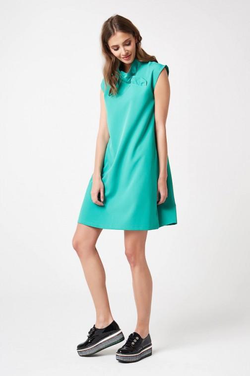 CM4207 Trapezowa sukienka bez rękawów - zielona
