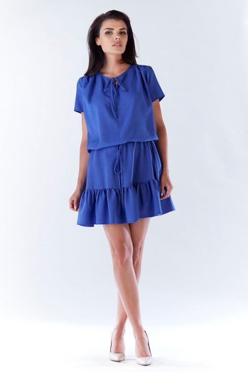 CM3209 Kobieca sukienka z wiązaniem w pasie - niebieska