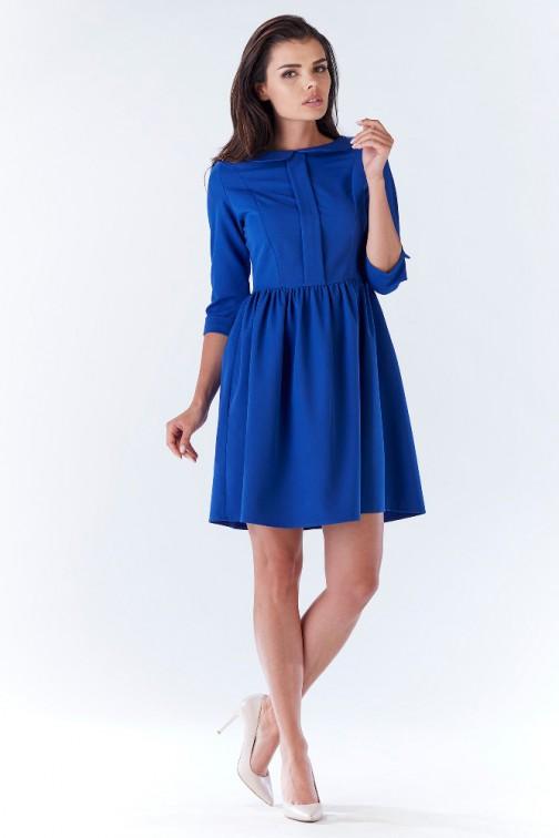 Nowoczesna sukienka z uroczym kołnierzykiem - niebieska